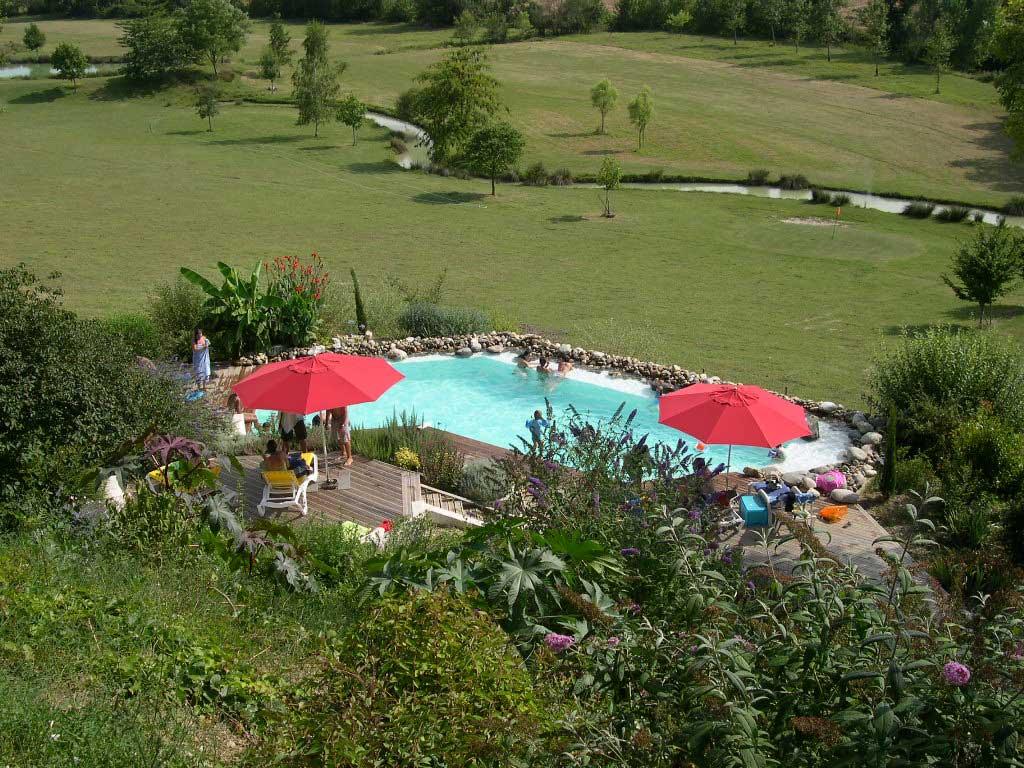 Aire naturelle de camping n rac en lot et garonne 47 for Camping lot et garonne avec piscine